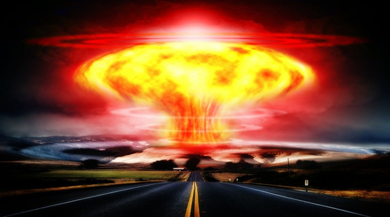 picture of a nuclear explosion mushroom cloud