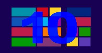 The number 10 against a Windows desktop image